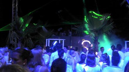 Robinson Club Camyuva Party White Night